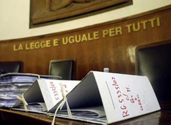Giulianova, violazione obblighi familiari: noto commerciante condannato a pagare 20mila euro