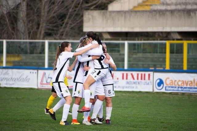 Il derby d'Abruzzo va al Pescara, ma quanto rammarico per il Chieti Calcio Femminile