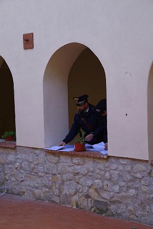 I Carabinieri controllano il Cas di San Buono, numerose le violazioni. La Prefettura dispone trasferimento dei migranti