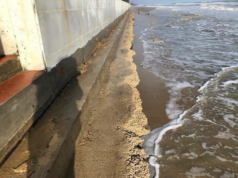 Erosione costa pinetese: il Sindaco Verrocchio fa chiarezza
