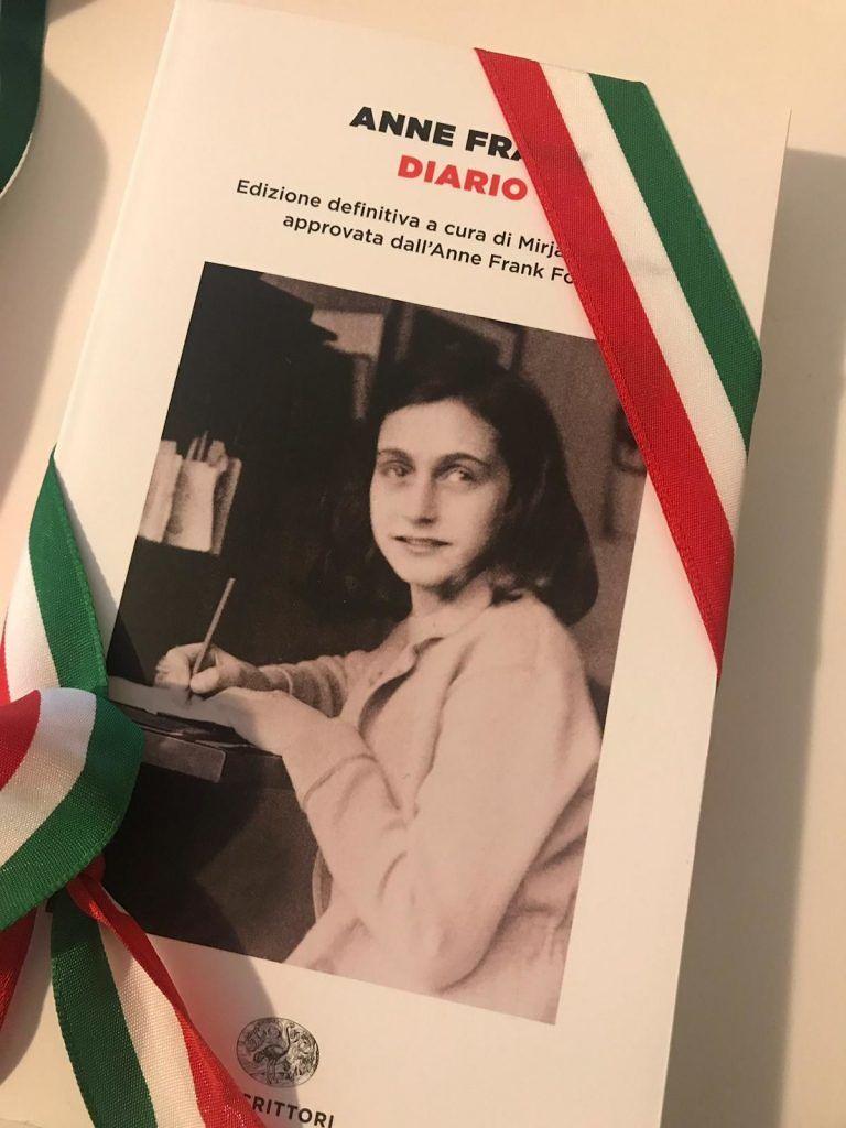 Castellalto, il 'Diario di Anne Frank' ad ogni alunno per la Giornata della Memoria