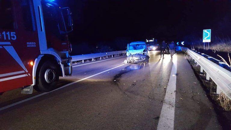 Torino di Sangro, incidente sulla SS16: muore uomo di Francavilla. Grave una donna