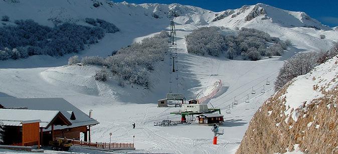 Epifania con le montagne innevate in Abruzzo: la situazione degli impianti