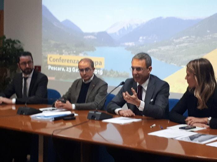 """Ambiente, il ministro Costa a Pescara: """"No a trivelle e inceneritori: soldi e causa civile per Bussi"""""""