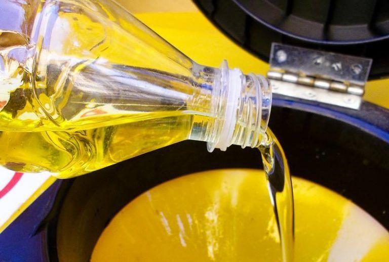 Pineto, olio esausto: in arrivo i contenitori per la raccolta