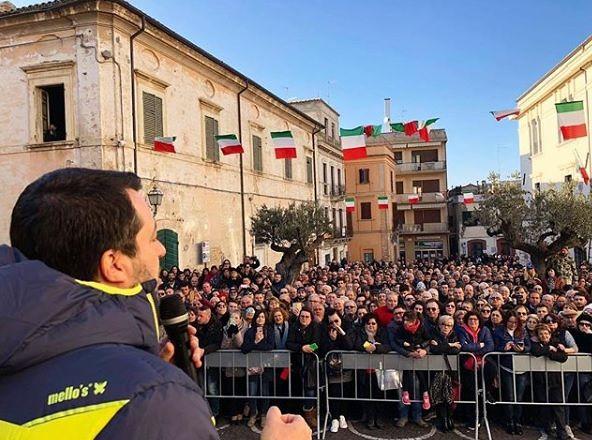 """Pienone per Salvini: """"Il voto dell'Abruzzo farà parlare l'Europa"""" VIDEO-FOTO"""
