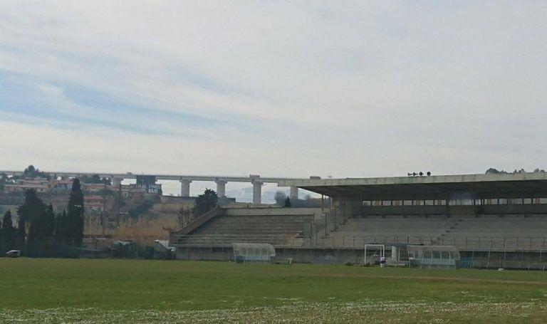 Tortoreto, torri-faro e spogliatoi: prosegue l'iter per riaprire lo stadio Pierantozzi