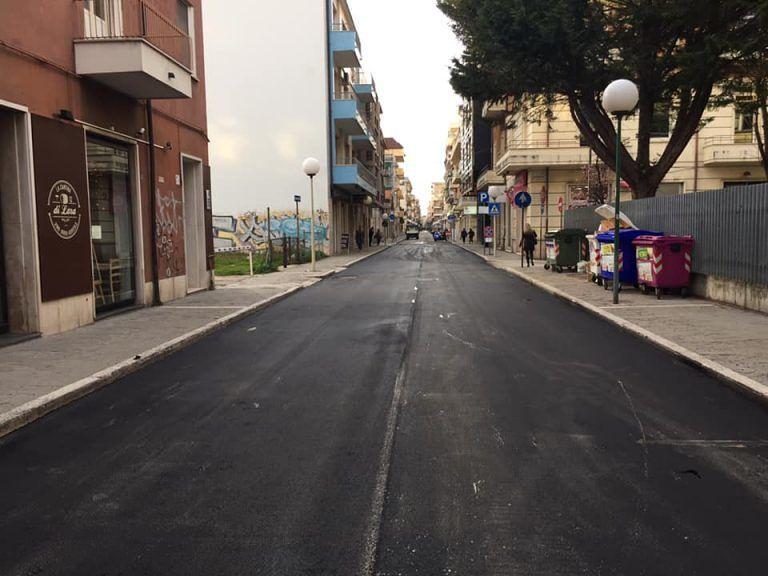 Pescara, asfalto pronto: riapre via Firenze