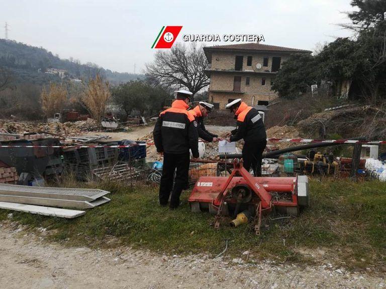 San Vito Chietino, discarica abusiva sul fiume: scatta il sequestro FOTO