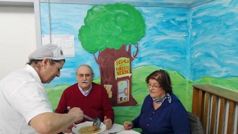 Giulianova, il commissario Soldà a pranzo con gli alunni della scuola di via Gobelli