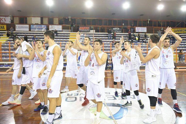 Unibasket Amatori Pescara a Fabriano perde partita e terzo posto