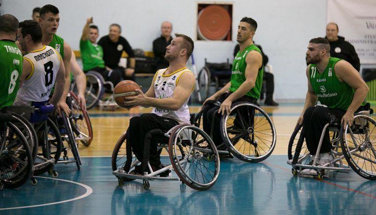 Basket in carrozzina, l'Amicacci perde il derby dell'Adriatico
