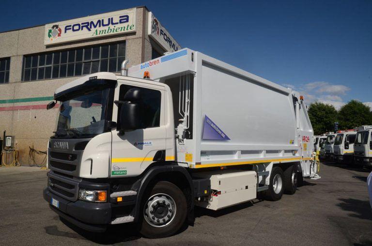 Montesilvano, rifiuti da radioterapia nell'immondizia: bloccato un camion per la raccolta