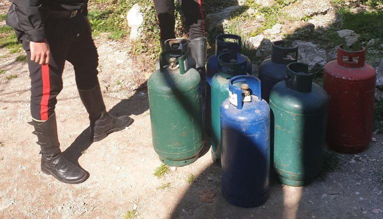 Popoli, suicidio sventato: 7 bombole di gas lasciate aperte in pieno centro