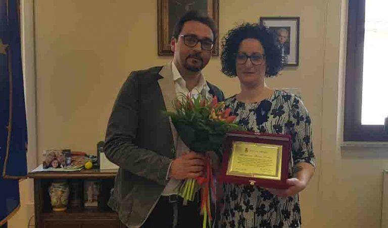 """Teramo, premiata la ricercatrice Federica Zacchini. il sindaco: """"Spero torni presto in Italia"""""""