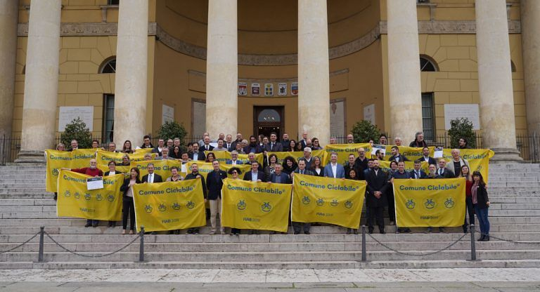 Silvi entra a far parte dei Comuni Ciclabili: prima bandiera gialla dalla FIAB