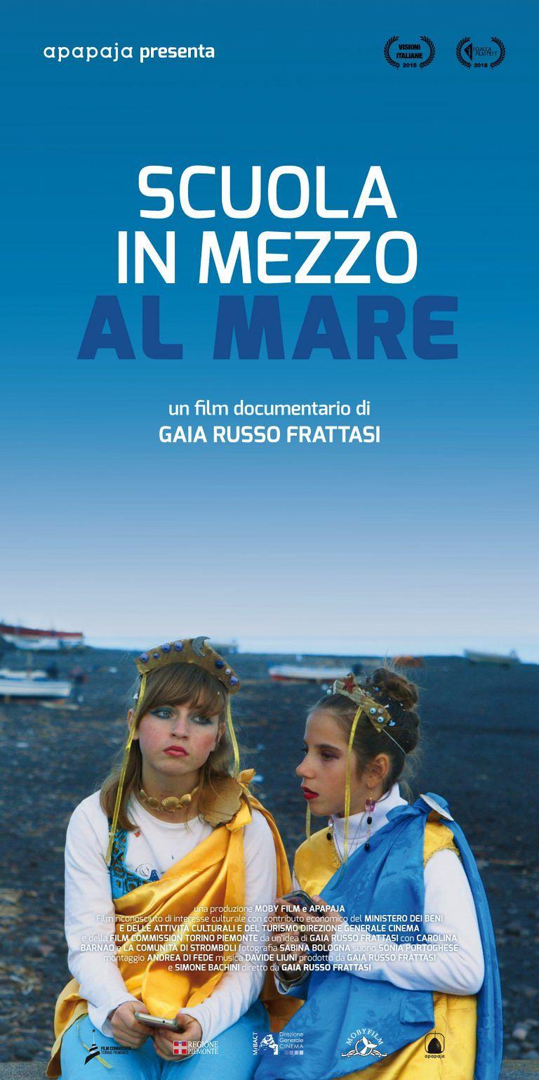 """Il film di Gaia Frattasi """"Scuola in mezzo al mare"""" arriva a Teramo"""