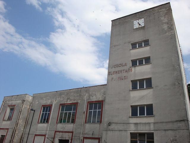 """Alba Adriatica, vecchia scuola """"Filzi"""", inizia il percorso per la demolizione"""