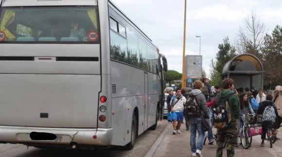 Trasporto pubblico (TUA): nonostante la dichiarazioni di facciata l'azienda prosegue il suo declino