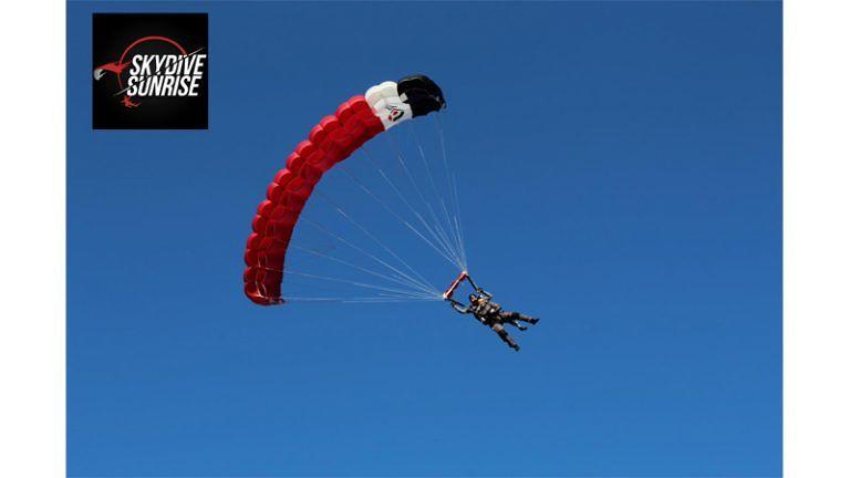 SKYDIVE SUNRISE Salti in Paracadute Tandem da 4000m PRENOTA ON LINE   1°maggio ANGLE FLY