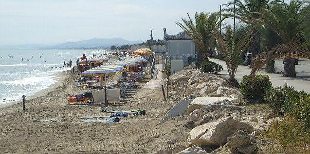Martinsicuro, ampliamento concessioni demaniali: pubblicato l'avviso per le spiagge ridotte dall'erosione