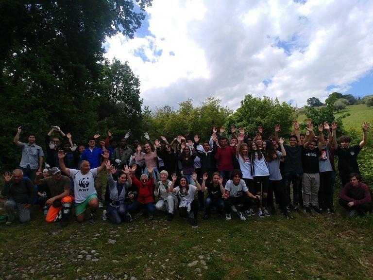 Roseto, volontari 'da tutto il mondo' per pulire gli antichi percorsi e la Fontana dell'Accolle