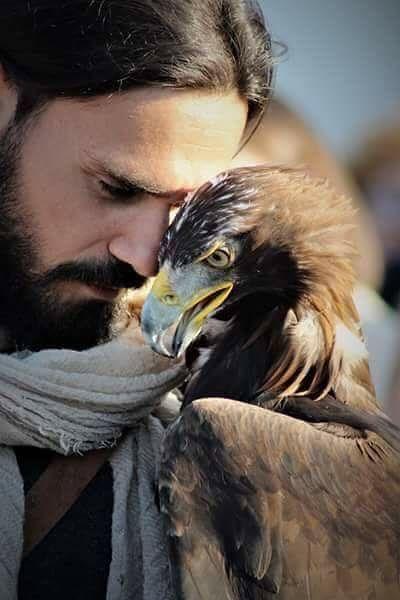 Il falconiere Giovanni Granati farà parte di un documentario di National Geographic