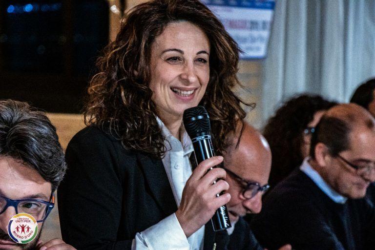 Morro d'Oro, presentata la lista della candidata sindaco Romina Sulpizi