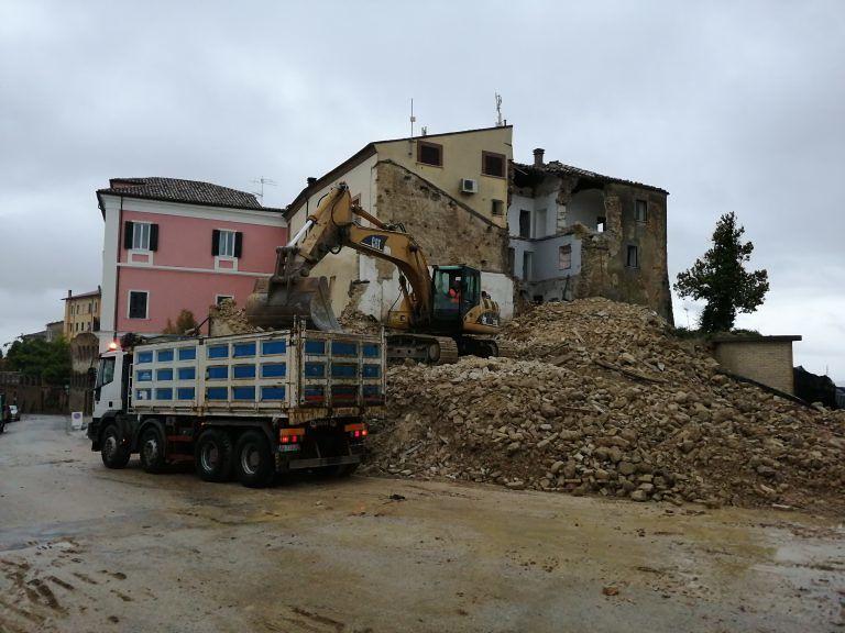 Canzano, partiti i lavori nel centro storico: in arrivo altri fondi FOTO