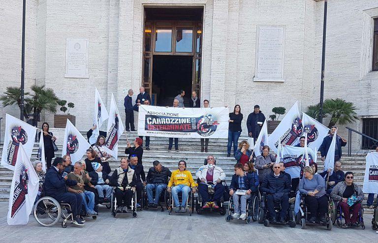 """Pescara, Carrozzine determinate """"costringe"""" i candidati sindaco a confrontarsi con la disabilità"""