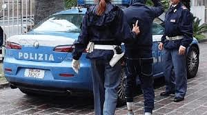 Teramo, punta una pistola ad un corriere e tenta di rapinarlo