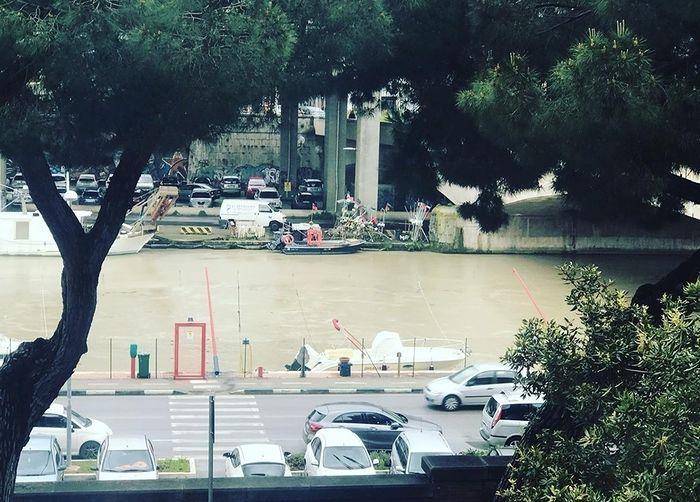 Pescara, maltempo: chiuso il lungofiume per rischio esondazione