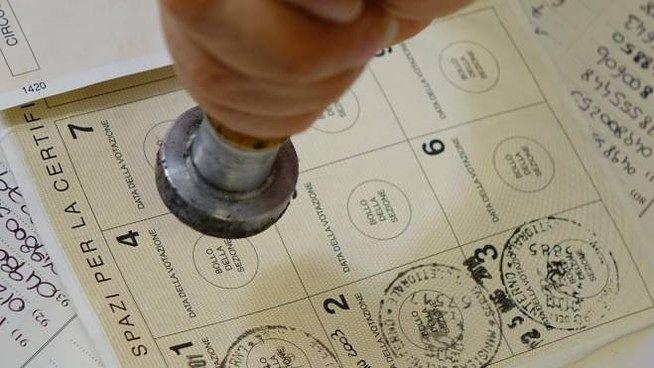 Elezioni, in Abruzzo affluenza in calo alle Europee (52,62%) e alle Comunali (62,9%)