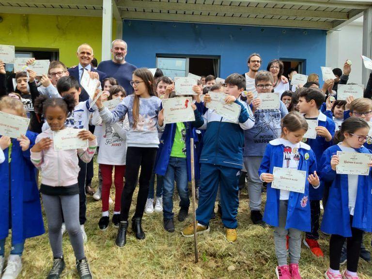 'Le Grappoliadi' di Piero Spotti per la prima volta in Abruzzo a Civitella FOTO
