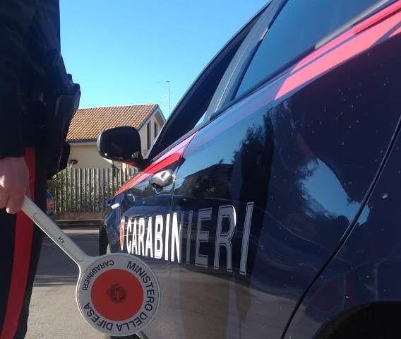 Giulianova, un etto di fumo nascosto nello scooter: nei guai due giovanissimi