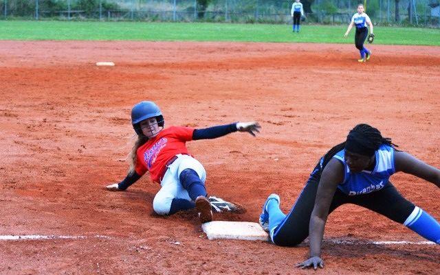 Softball serie B: l'Atoms' Chieti chiude il girone di andata al primo posto