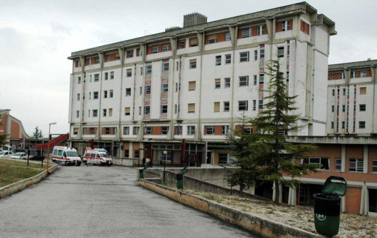 Covid, ricoveri in calo: ospedale di Avezzano torna gradualmente alla normalità