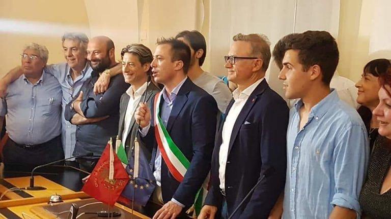 Giulianova, Costantini eletto sindaco: tutti i commenti, gli auguri e il ricorso