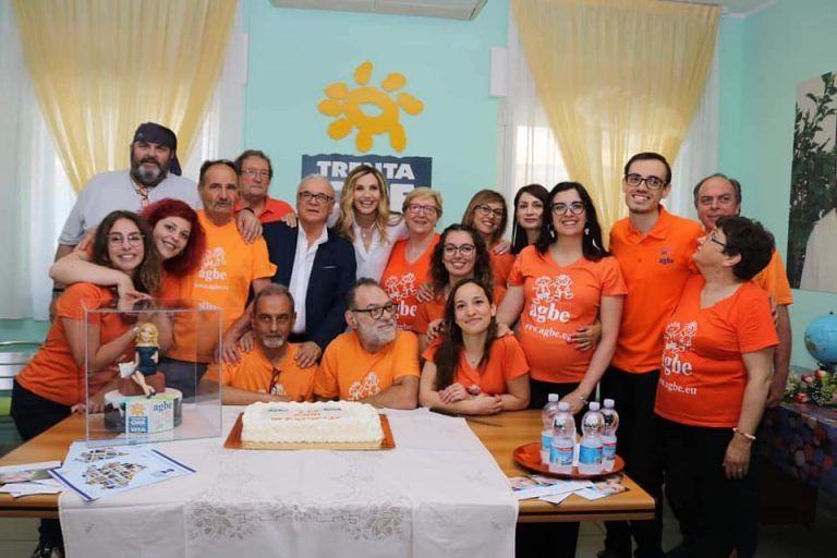 Pescara, Casa Agbe compie dieci anni: festa con Lorella Cuccarini