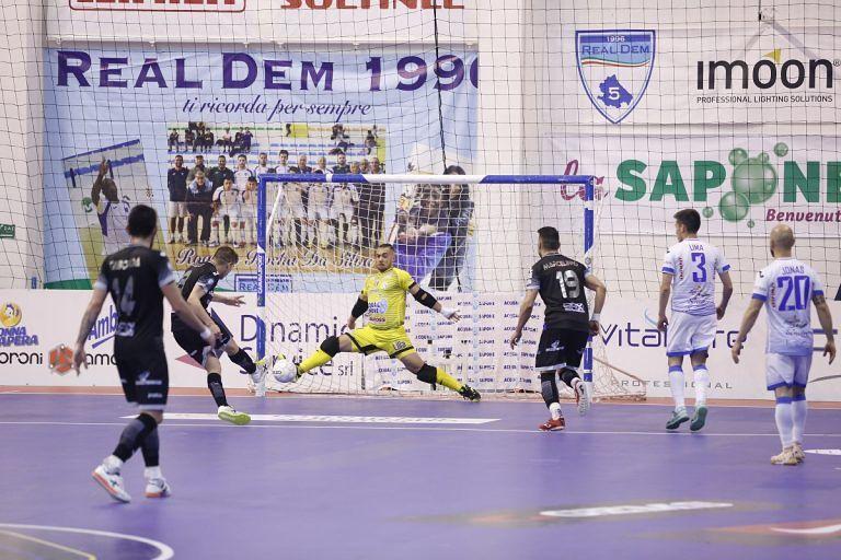 Futsal, serie scudetto in parità tra Acqua e Sapone e Pesaro