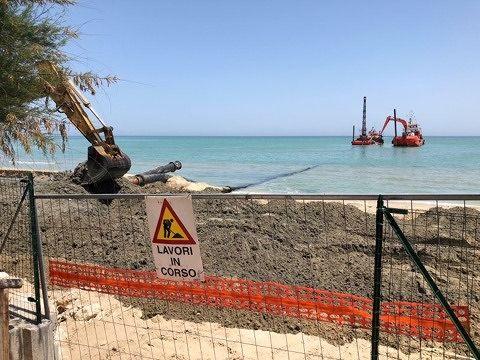 Erosione della costa: iniziati i lavori a Pineto nord