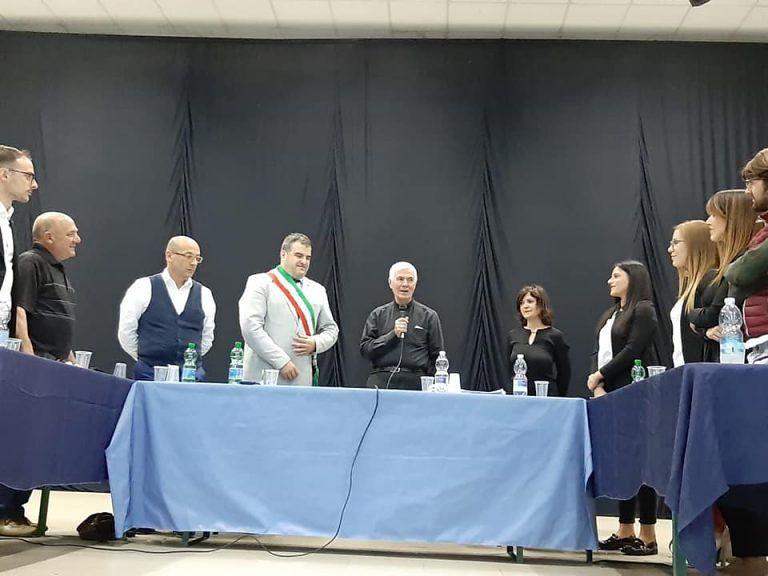 Ancarano, si insedia il nuovo consiglio comunale. Visita del vescovo