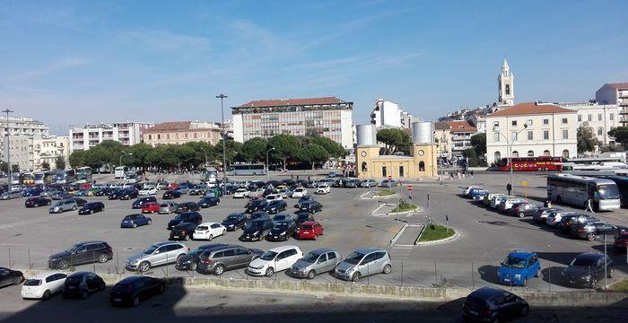 Pescara, Area di risulta: sbarre automatiche per il parcheggio