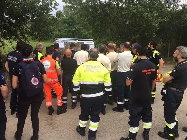 Incendio boschivo: la maxi-esercitazione della Protezione  Civile a Rosciano FOTO