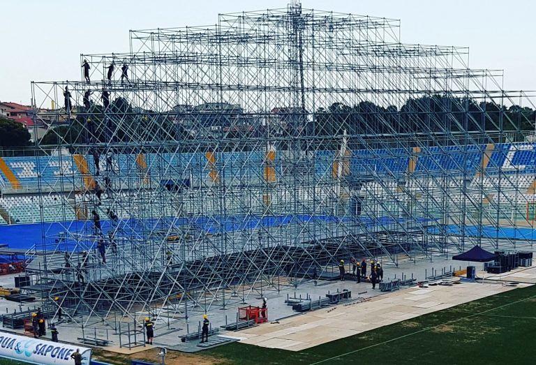 Ligabue a Pescara, cambia tutto: palco girato verso la curva Nord – COSA FARE SE HAI IL BIGLIETTO