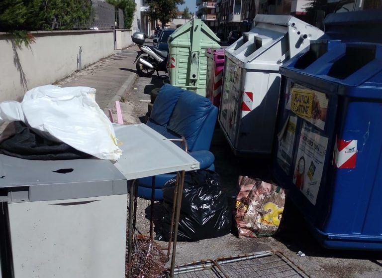 Pescara, discariche e sporcizia: scattano le bonifiche straordinarie