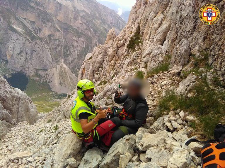 Corno Piccolo, incidente sulla ferrata per due escursionisti FOTO