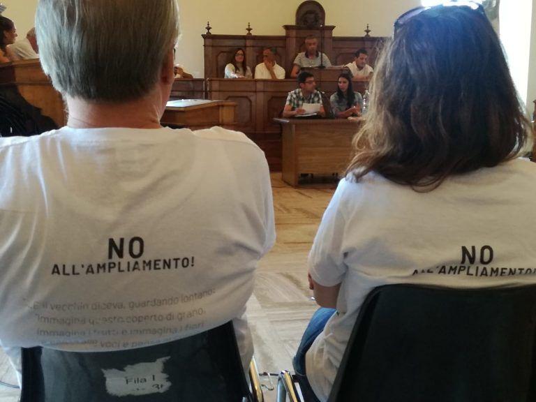 Atri, anche il consiglio comunale firma la petizione per il No a nuove discariche
