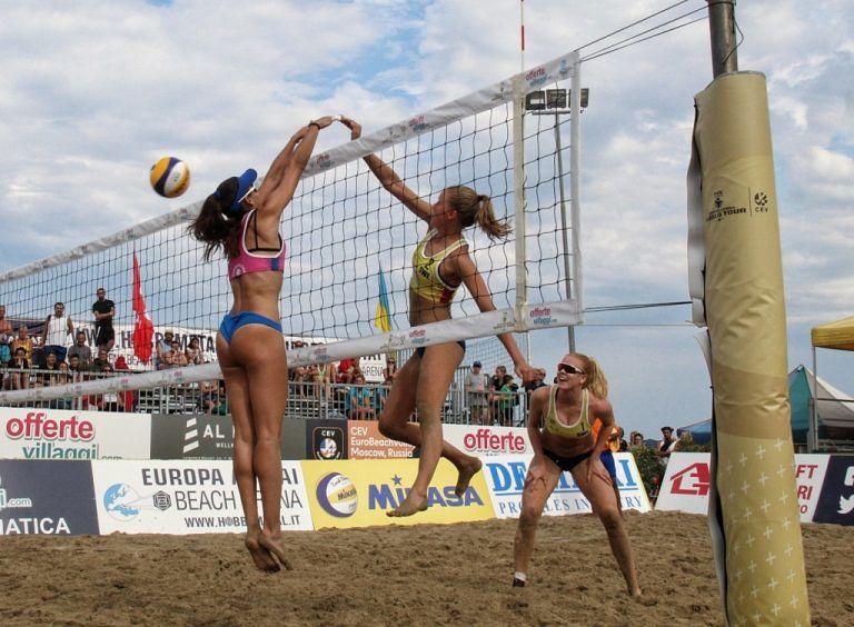 Alba Adriatica, beach volley: composto il tabellone principale FOTO