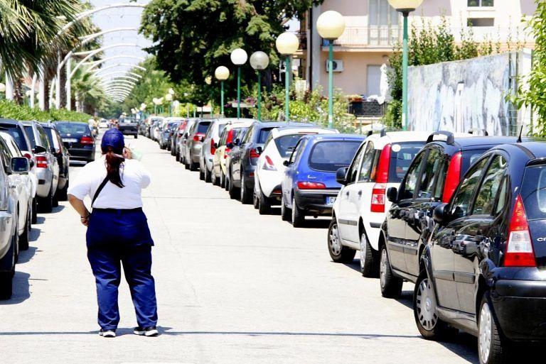 Covid Pescara, parcheggi gratis: a rischio 50 parcheggiatori